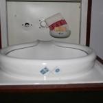 Furniture washstand (2)