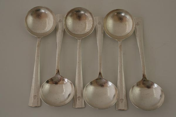 Cutlery spoons (3)
